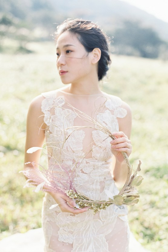 Whimsical Meadow Wedding Inspiration With Dried Florals | Olea & Fig Studio | The Stage Photography 19
