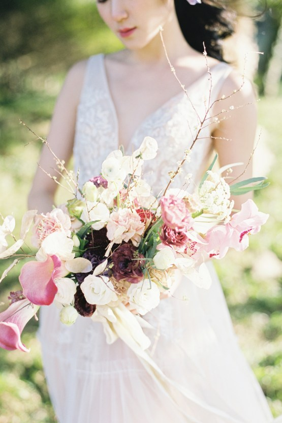 Whimsical Meadow Wedding Inspiration With Dried Florals | Olea & Fig Studio | The Stage Photography 26
