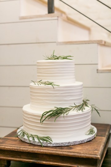 Literary Chic Loft Wedding (With A Harry Potter Cake!) | Brio Photography 39
