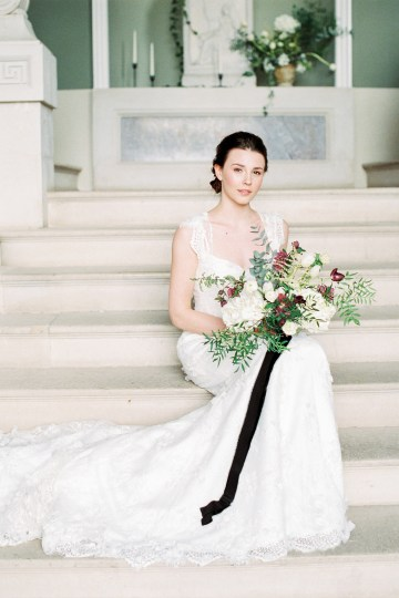 Luxurious Coco Chanel Inspired Wedding Ideas | Bowtie & Belle Photography 16
