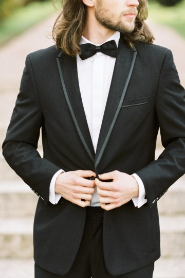 Luxurious Coco Chanel Inspired Wedding Ideas | Bowtie & Belle Photography 29
