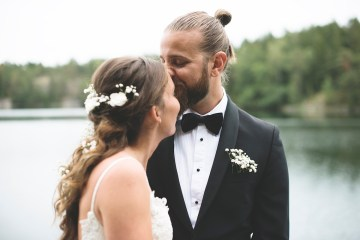 Relaxed & Woodsy Swedish Island Wedding | Sara Kollberg 15