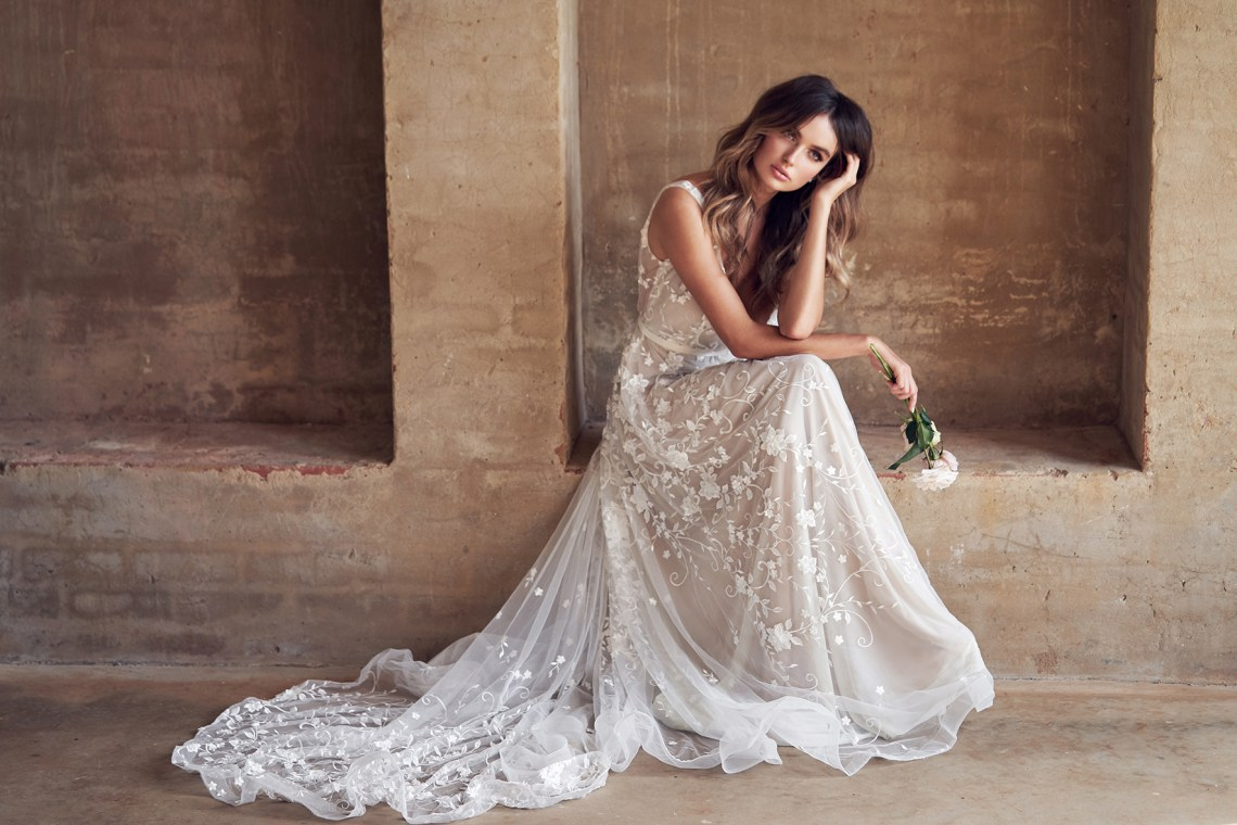 Classic Wedding Dresses 2018: These Sparkling Anna Campbell Wedding Dresses Will Dazzle