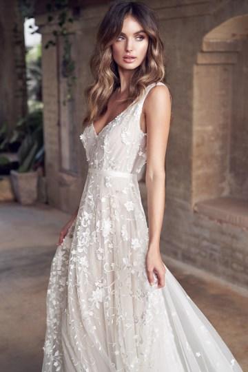 The Romantic & Sparkling Anna Campbell Wanderlust Wedding Dress Collection | Amelie Dress-8