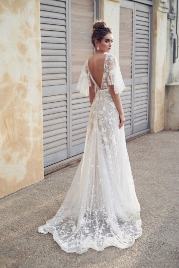 The Romantic & Sparkling Anna Campbell Wanderlust Wedding Dress Collection | Amelie Dress (Draped Sleeve)-7