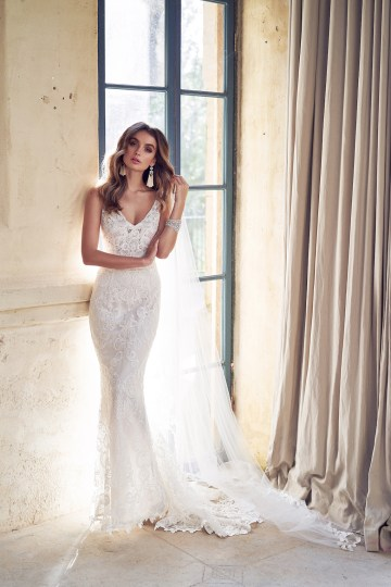 The Romantic & Sparkling Anna Campbell Wanderlust Wedding Dress Collection | Harlow Dress-2