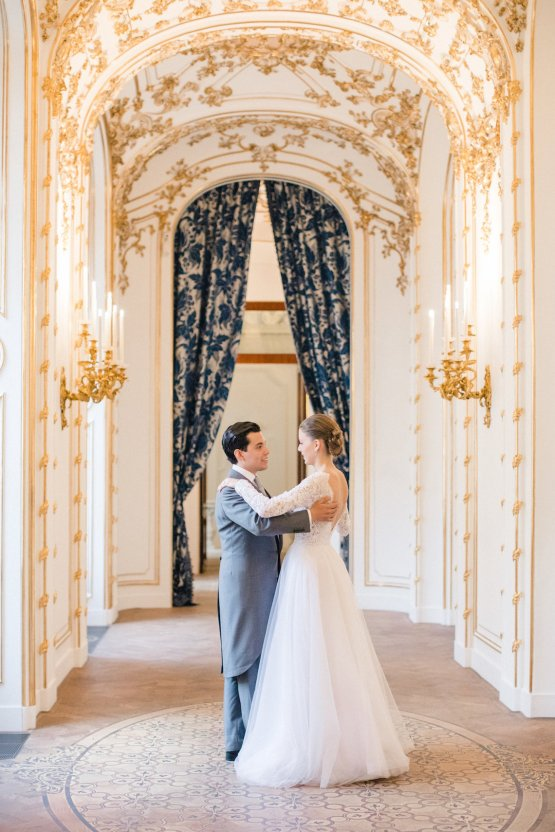 An Elegant Royal Vienna Destination Wedding | A Very Beloved Wedding | Sandra Aberg 32