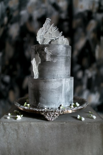 Celestial Ballerina Meets Art Gallery Wedding Inspiration   Alleksana Photography 30
