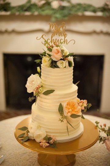 Elegant Pretty Pink Beach Wedding | Stephanie Smith 56
