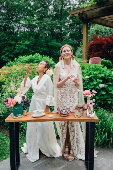 High Style; Luxurious Weed Wedding Ideas | Claire Eliza | High Herstory | Sarah Seven 56