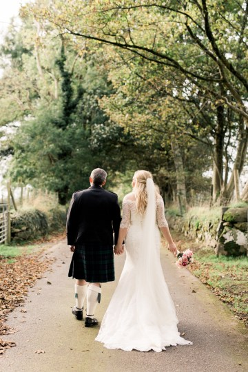 Intimate & Idyllic Wales Country House Wedding | Heledd Roberts Photography 31