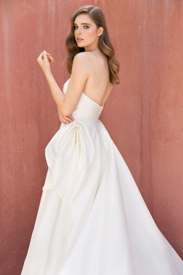 Jenny by Jenny Yoo's Fresh and Totally Modern Wedding Dress Collection | Charlotte 1