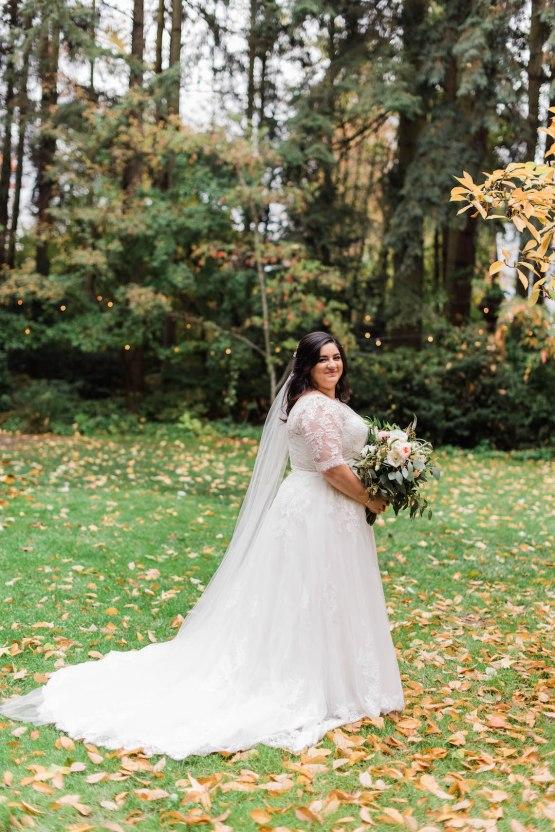 Rustic Barn Wedding Filled With Greenery   Deyla Huss Photography 13