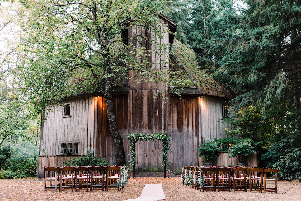 Rustic Barn Wedding Filled With Greenery   Deyla Huss Photography 2