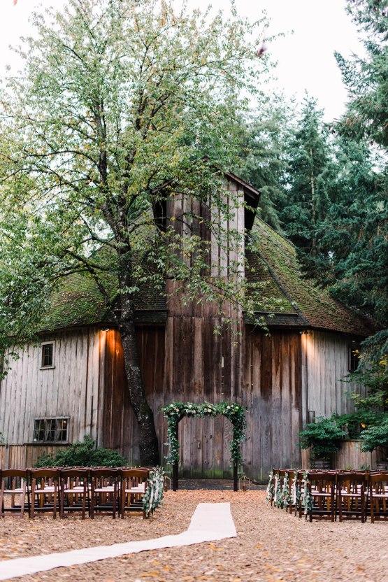 Rustic Barn Wedding Filled With Greenery   Deyla Huss Photography 22
