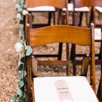 Rustic Barn Wedding Filled With Greenery   Deyla Huss Photography 25