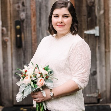Rustic Barn Wedding Filled With Greenery   Deyla Huss Photography 40