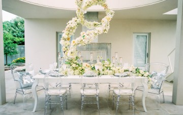 Lucite Love Meets Floral Sculptures; Modern Artistic Wedding Inspiration