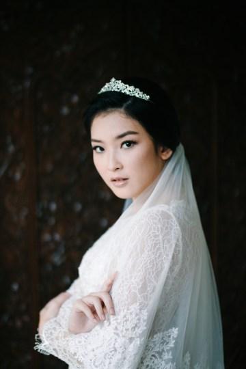 Zen Balinese Wedding Inspiration With A Dazzling Tiara   Nej Photo   Chere Weddings 11