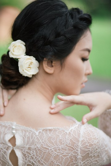 Zen Balinese Wedding Inspiration With A Dazzling Tiara   Nej Photo   Chere Weddings 18
