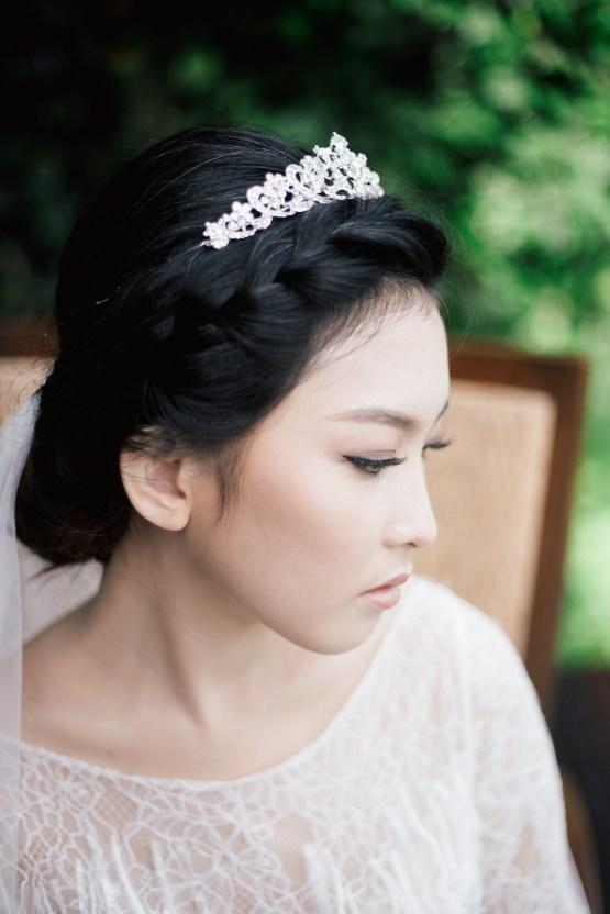 Zen Balinese Wedding Inspiration With A Dazzling Tiara | Nej Photo | Chere Weddings 29