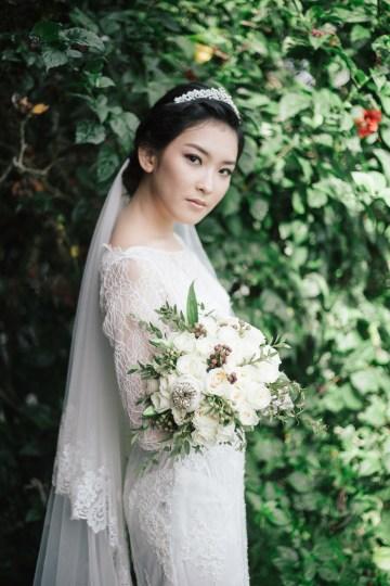Zen Balinese Wedding Inspiration With A Dazzling Tiara   Nej Photo   Chere Weddings 32