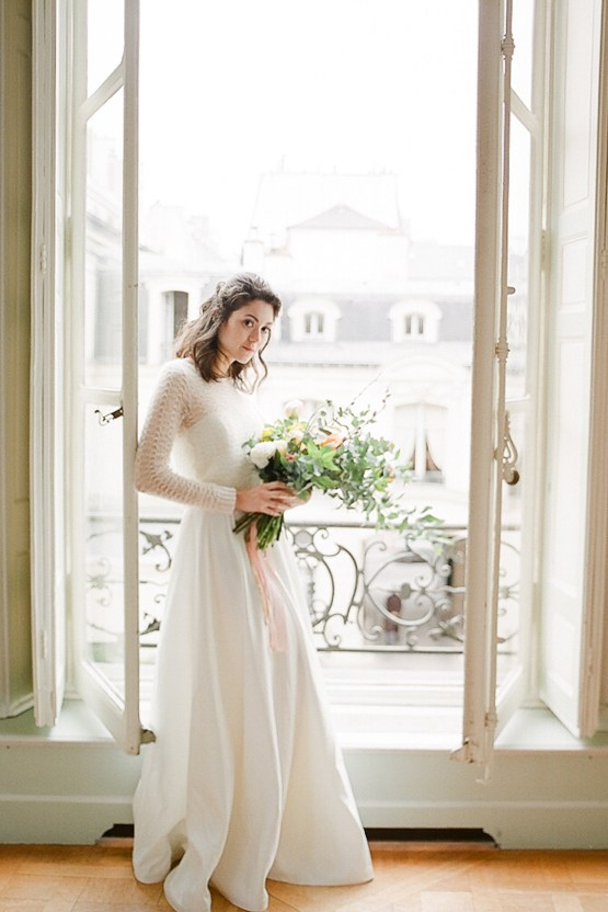 Elegant Blush Parisian Bridal Inspiration Featuring Luxurious Veils and Boudoir Ideas – Bonphotoge 17