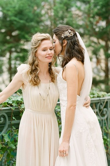 Elegant Blush Parisian Bridal Inspiration Featuring Luxurious Veils and Boudoir Ideas – Bonphotoge 41