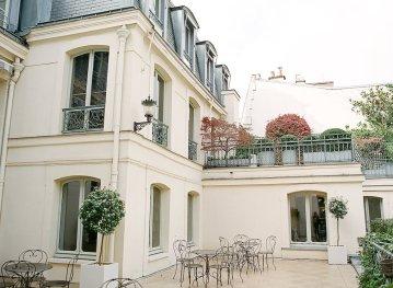 Elegant Blush Parisian Bridal Inspiration Featuring Luxurious Veils and Boudoir Ideas – Bonphotoge 63