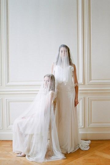 Elegant Blush Parisian Bridal Inspiration Featuring Luxurious Veils and Boudoir Ideas – Bonphotoge 9