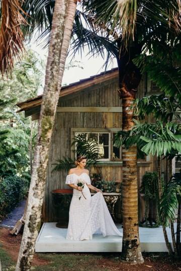 Glamorous and Tropical Hawaiian Wedding Inspiration – Melissa Ergo Photography 20