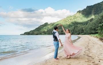 Colorful Barefoot Hawaiian Beach Elopement