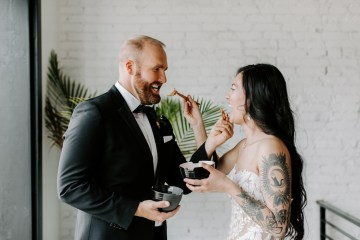 Minimal Tropical Wedding Inspiration With A Surprising Fresh Dinner Idea – Alicia Wiley 50