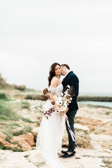 Organic and Foraged Romantic Puglia Wedding Inspiration – Lace and Luce 27