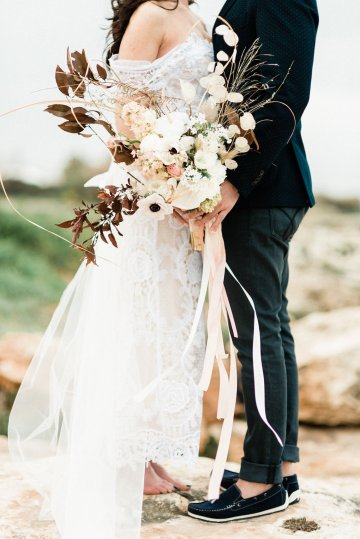 Organic and Foraged Romantic Puglia Wedding Inspiration – Lace and Luce 29