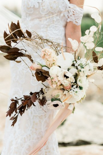 Organic and Foraged Romantic Puglia Wedding Inspiration – Lace and Luce 37