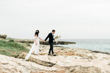 Organic and Foraged Romantic Puglia Wedding Inspiration – Lace and Luce 5