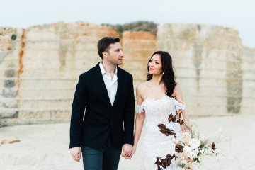 Organic and Foraged Romantic Puglia Wedding Inspiration – Lace and Luce 9