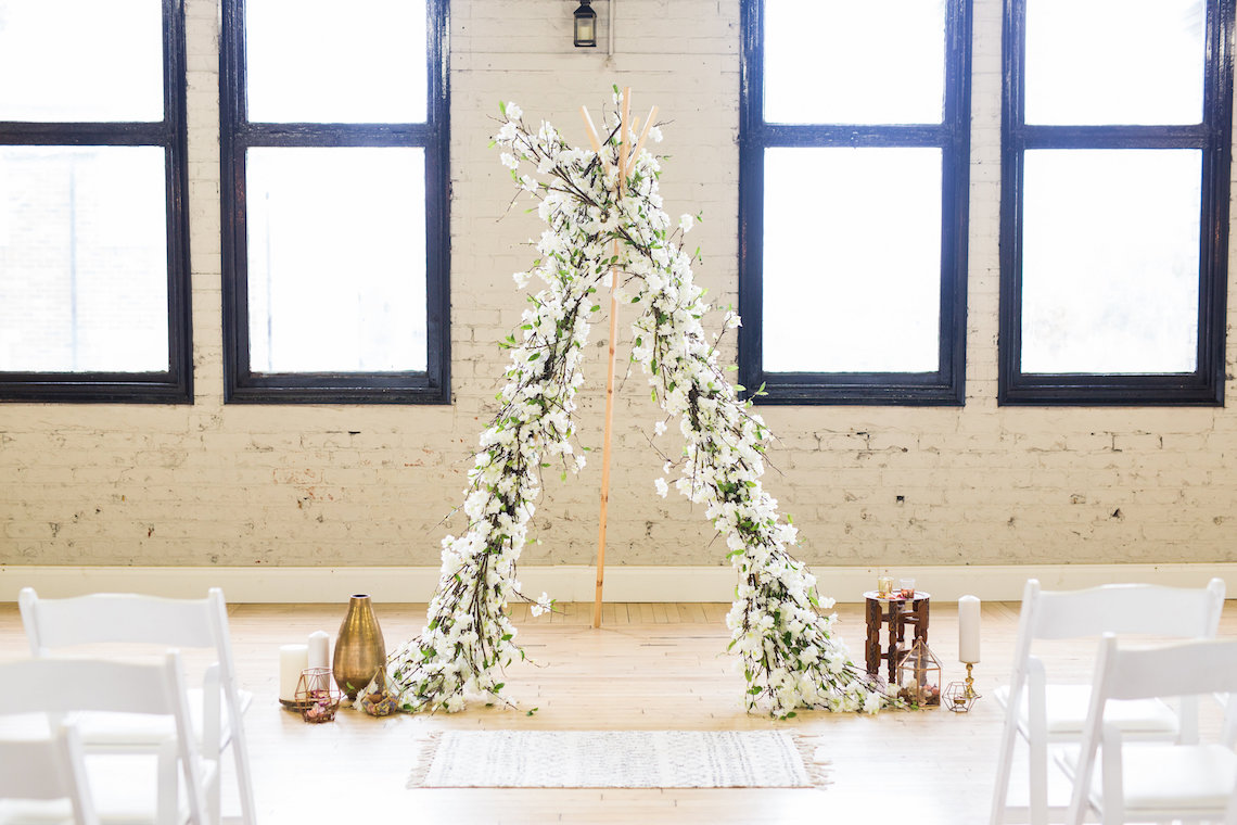 Trendy Loft Wedding Inspiration Featuring A Triangle Altar – Deluxe Blooms 1