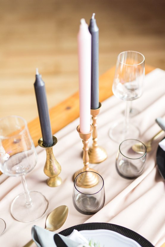 Trendy Loft Wedding Inspiration Featuring A Triangle Altar – Deluxe Blooms 43