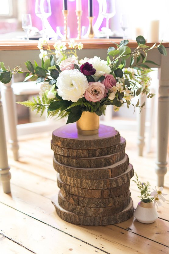 Trendy Loft Wedding Inspiration Featuring A Triangle Altar – Deluxe Blooms 45