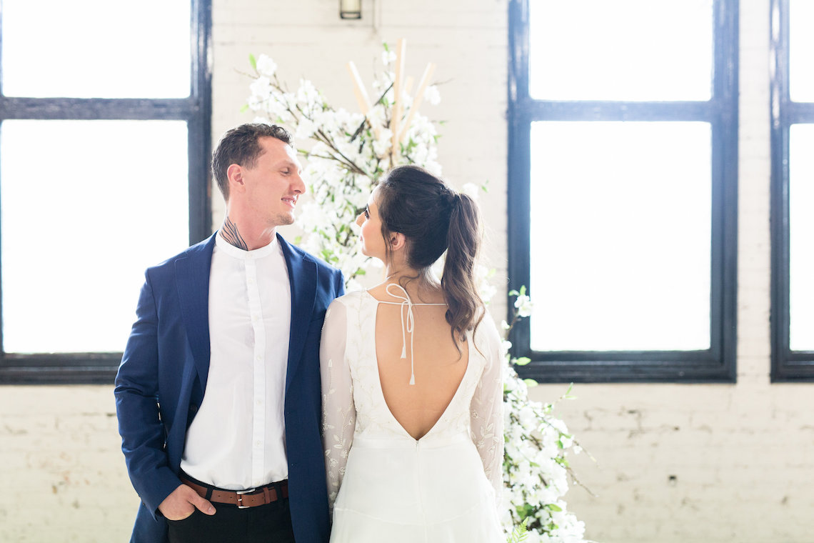Trendy Loft Wedding Inspiration Featuring A Triangle Altar – Deluxe Blooms 5