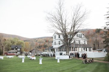 Warm Fall Catskills Wedding With Ceremony Sparklers – Christina Lilly Photography – Buds of Brooklyn 10