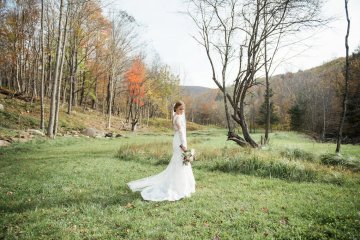 Warm Fall Catskills Wedding With Ceremony Sparklers – Christina Lilly Photography – Buds of Brooklyn 2
