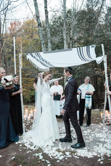 Warm Fall Catskills Wedding With Ceremony Sparklers – Christina Lilly Photography – Buds of Brooklyn 49