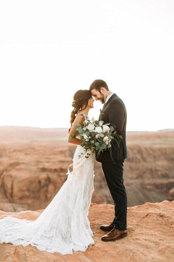 Wild and Bohemian Horseshoe Bend Wedidng Inspiration – Carmela Joy Photography – Luv Bridal 11