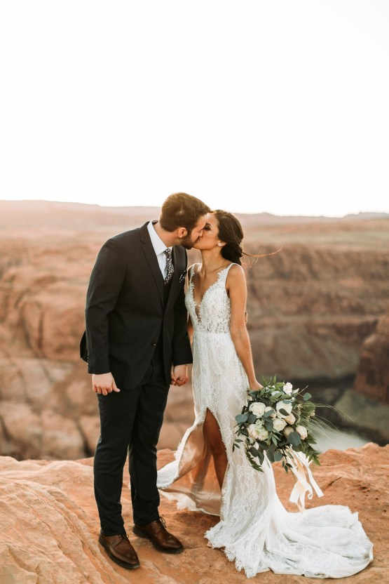Wild and Bohemian Horseshoe Bend Wedidng Inspiration – Carmela Joy Photography – Luv Bridal 19