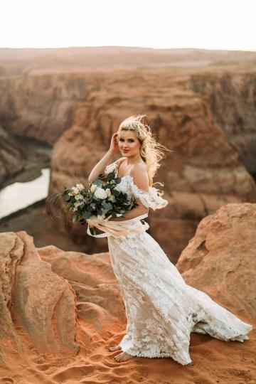 Wild and Bohemian Horseshoe Bend Wedidng Inspiration – Carmela Joy Photography – Luv Bridal 29