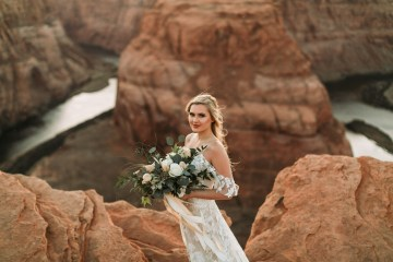 Wild and Bohemian Horseshoe Bend Wedidng Inspiration – Carmela Joy Photography – Luv Bridal 3