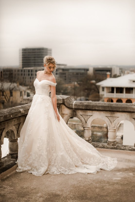 Champagne & Pink Chateau Wedding Inspiration In Texas – Wild Love Photography 11